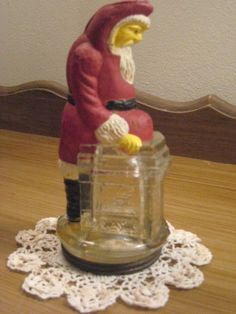 Antique Belsickle Santa Claus at Chimney Victory Glass Candy Container Christmas, beautiful condition Vintage Candy, Vintage Santas, Vintage Christmas, American Metalcraft, Candy Containers, Glass Candy, Xmas Ornaments, Mercury Glass, Doll Furniture