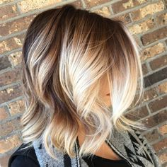 Brown to blonde balayage with perfect light chunky hairstyles 2017 trends for wo., Summer Hairstyles, Brown to blonde balayage with perfect light chunky hairstyles 2017 trends for womens Source by koeesanswer. Brown To Blonde Balayage, Balayage Highlights, Blonde Highlights On Dark Hair Short, Ombre Balayage, Balayage Hair Bob, Blonde Hair, Caramel Balayage, Bayalage, Brown Hair Colors