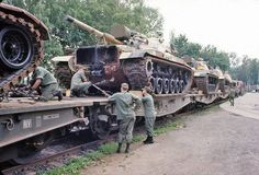 Railhead at Conn Barracks, Schweinfurt Germany Military Armor, Military Life, Army Day, Us Army, Patton Tank, M48, Army Infantry, Train Truck, Armored Fighting Vehicle