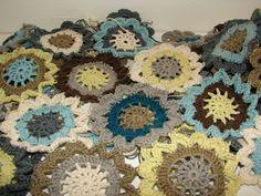filihunkat: Hæklet blomster-sjal