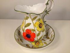 Vintage Italian Pottery Pitcher Wash Basin Set Yellow Orange Flowers Signed | eBay Italian Art, Vintage Italian, Country Cottage Bedroom, Italian Pottery, Water Pitchers, Kettles, Chocolate Pots, Orange Flowers, Pottery Art