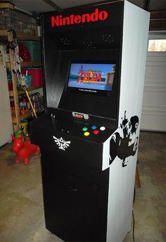 Redditor Echoobrain's custom Nintendo/Super Nintendo arcade cabinet. Sweeeet!