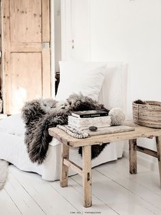 Inspired Space, Beautiful Blog - lookslikewhite Blog - lookslikewhite