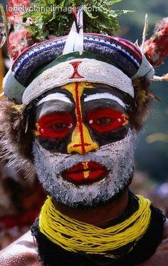 Portrait of man from Kandep Sing Sing group.Wabag, Enga, Papua New Guinea