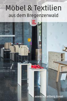 Besonderheiten von Handwerkern aus dem Bregenzerwald findet man im Werkraumhaus in Andelsbuch -das Schaufenser zur Bregenzerwälder Handwerkskultur. Möbelstücke und Textiles sind auch im Onlineshop erhältlich. Peter Zumthor, Design, Open House, Textiles, Architecture