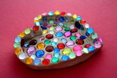 Fun Kid's Valentine Craft: Sparkle Heart Dish...make it out of model magic or air dry clay or whatever that light weight stuff is, so it would be MUCH lighter and won't break so easily!