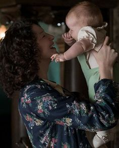 New picture posted up by Outlander_Starz of Claire and Brianna for Mothers Day - Cannot Wait for Season 3 - May 14th, 2017