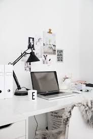Home office inspirations to help you focus on your work or homework if you prefer | www.delightfull.eu #delightfull #uniquelamps #homeofficeideas #interiodesign