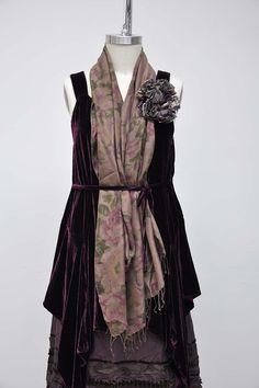 Floral Shawl in 100% Silk, Saddle