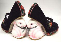 Ladies IRREGULAR CHOICE Bunny Rabbit Thumper Heel Folk Shoes UK 4 - S19