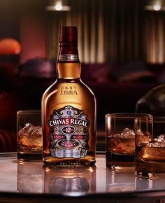 Chivas Regal 12 years - Chivas Regal has been one of the five most sold blended scotches. Get to know what makes this scotch popular, and its features, aromas and flavors. The post Chivas Regal 12 years appeared first on WhiskyFlavour . Whisky Bar, Cigars And Whiskey, Whiskey Drinks, Scotch Whisky, Whiskey Glasses, Whisky Chivas, Fruit Drinks, Alcoholic Drinks, Drink Bottles