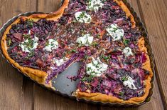Christmas red cabbage quiche You are in the right place about healthy food fruit Here we offer you the most beautiful pictures about the healthy food logo you are looking … Vegan Appetizers, Finger Food Appetizers, Finger Foods, Appetizer Recipes, Vegetarian Breakfast, Vegan Breakfast Recipes, Vegetarian Recipes, Healthy Recipes, Quiche
