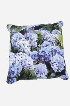 F&F | Hydrangeas Blue Cushion