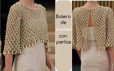Bolero de crochet adornado con perlas