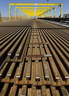 Instalación de pórticos GH Cranes & Components para gestión de vías ferrocarriles. Sector ferroviario.