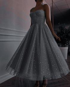 Pretty Prom Dresses, Elegant Dresses, Cute Dresses, Beautiful Dresses, Formal Dresses, Ball Gown Dresses, Evening Dresses, Look Fashion, Fashion Outfits