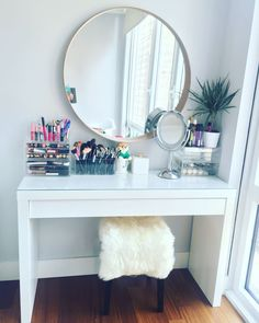 Makeup vanity table by IKEA. IKEA malm dressing table with IKEA stool and mirror. - - Makeup vanity table by IKEA. IKEA malm dressing table with IKEA stool and mirror. Makeup organizers by M. Makeup Table Vanity, Vanity Room, Vanity Ideas, Makeup Desk, Makeup Vanities, Mirror Ideas, Makeup Tables, Ikea Vanity Table, Mirror Vanity