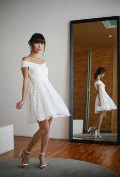 Mona Lisa Off-shoulder Dress (White)