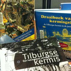 Boeken over de Tilburgse kermis in Bibliotheek Midden-Brabant.