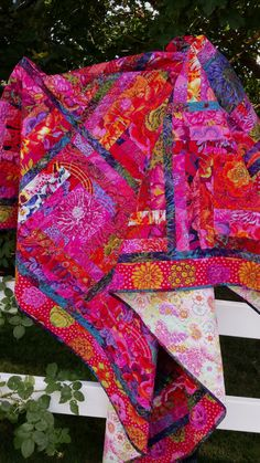 Custom Kaffe quilt for ChelseaA million shades by RolyPolyQuilts