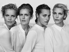"Nadja Auermann, Yasmin Le Bon, Stella Tennant et Eva Herzigova posent devant l'objectif de Peter Lindbergh pour la campagne Armani ""New Normal"" printemps-été 2016."