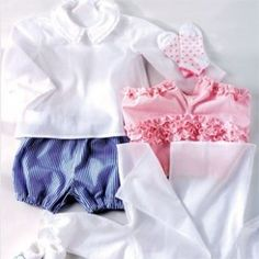 couture bebes - Laine-et-Chiffons Pop Couture, Baby Couture, Ruffle Blouse, Sewing For Kids, Baby Sewing, Free Sewing, Sewing Ideas, Ruffle Bloomers, Budget