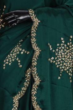 Beautiful Dress Designs, Stylish Dress Designs, Kurti Embroidery Design, Embroidery Saree, Sari Blouse Designs, Fancy Blouse Designs, Cutwork Saree, Satin Saree, Saree Trends