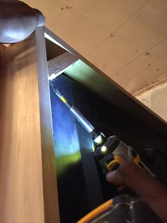 Working With Wood: What You Should Know Carpentry Projects, Wood Projects, Backyard Furniture, Diy Furniture, Frame Around Tv, Tv Over Fireplace, Wood Pallets, Pallet Wood, Installing Hardwood Floors