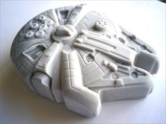 """Star Wars Falcon Fondant Cake Topper. Ready to ship the same day (Business days). """"We do custom orders"""" by AmazingCakeTopper1 on Etsy https://www.etsy.com/listing/466796349/star-wars-falcon-fondant-cake-topper"""