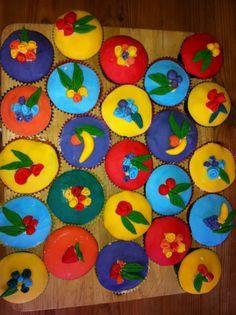 Tropicana cupcakes for a summer garden party.