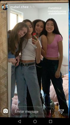 Mabel Chee, Lily Chee, Mirror Selfies, Mirror Mirror, Cute Photos, Beautiful Moments, Photography Photos, Look Cool, School Outfits