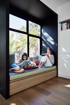 Victorian Style House in Melbourne Gets an Elegant Refresh 8 Bedroom Bed Design, Home Room Design, Home Interior Design, Exterior Design, Contemporary Windows, Modern Contemporary, Window Design, Elegant Homes, Modern Family