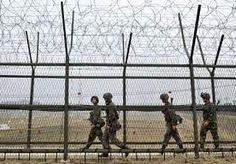 5-Apr-2013 13:17 - NOORD-KOREA VRAAGT RUSLAND AMBASSADEPERSONEEL TE EVACUEREN. Noord-Korea heeft Rusland vrijdag gevraagd de mogelijkheid te overwegen om het personeel uit zijn ambassade in Pyongyang te evacueren in