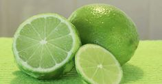 Your deodorant is a probable cause of breast cancer in women. Instead of using traditional deodorant, try using limes. Health Tips, Health And Wellness, Health And Beauty, Wellness Foods, Health Benefits, Tahiti, Healthy Plate, Eating Healthy, Household Tips