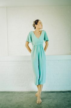 What to wear to the living room? Our linen loves; especially for optimum comfort when living in loungewear. We can't get enough of this simple yet stylish jumpsuit from Berawa Luxe. Get yours online now at Black Book Fashion. Bali Fashion, Fashion Tips, Style Finder, Black Books, Boho Look, Loungewear, Looking For Women, What To Wear, Your Style