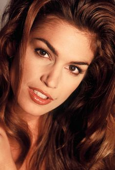 Cindy Crawford's beauty mark may be considered her trademark, but her well-defined eyebrows are right up there with it.