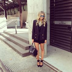 street style, casual chic, all black everything