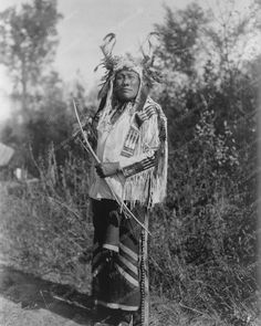 Indian With Bow Hunting 1900s Vintage 8x10 Reprint Of Old Photo