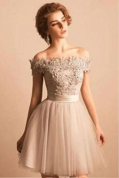 Bandage Prom Dresses, Ivory A-line/Princess Prom Dresses,2018 Off-the-shoulder Lace Tulle Short Beaded Homecoming/Prom Dress,Graduation Party Dress #homecomingdresses #partydresses #lacedresses #beadingdresses