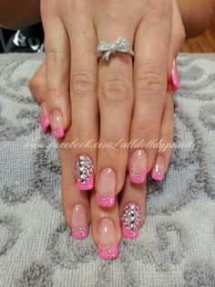 22 ideas french manicure with rhinestones bling jewels Glitter French Manicure, Manicure Colors, Manicure And Pedicure, Get Nails, Love Nails, Pink Bling Nails, Bio Sculpture Nails, Caviar Nails, Nail Jewels