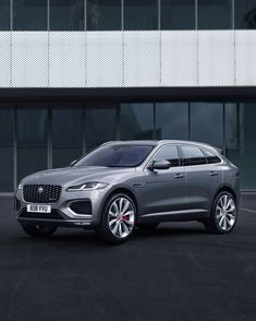The Jaguar F-Pace is the brand's best-seller, and to make sure it stays competitive in an ever-growing class, it's getting a major update for 2021.