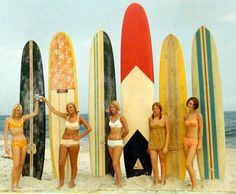 vintage surf moms (way cool image! Surf Retro, Surf Vintage, Vintage Surfing, Vintage Bikini, Vintage Girls, Lake Pictures, Surfing Pictures, Vintage Surfboards, Photos Booth