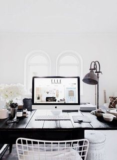Simplistic workspace.