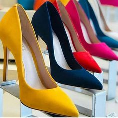 Cute Shoes, Me Too Shoes, Shoe Boots, Shoes Heels, Dream Shoes, Fashion Heels, Sexy High Heels, Shoe Closet, Beautiful Shoes