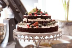 Naked Devil's Food Cake Devils Food, Cake Recipes, Naked, Kitchen, Desserts, Dump Cake Recipes, Cuisine, Tailgate Desserts, Dessert