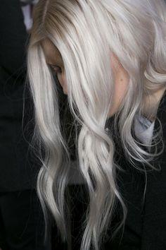 This Blonde !