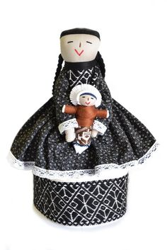 Muñeca tradicional Otomí #HechoAMano #HechoEnMéxico #Juguetes tradicionales mexicanos. #Artesanía