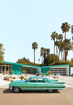 ✨ ✨ Are you kidding me! 😱😱 what a shot from 〰️〰️〰️Classic Cadillac Sedan de Ville in Palm Springs 💚🧡 Cadillac, Palm Springs California, Palm Springs Style, Palm Springs Houses, Southern California, Mid Century Decor, Mid Century House, Paul Fuentes, Modernism Week