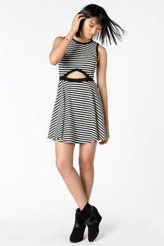 6c2fc4689475 bkw-clmodel Spring Summer Fashion