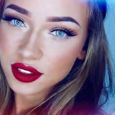 Imagen vía We Heart It #beautiful #black #blond #blue #eyes #girl #hair #lips #make-up #red
